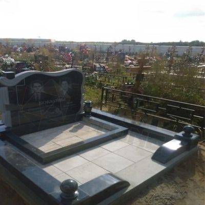 Памятник из гранита ВП 0010