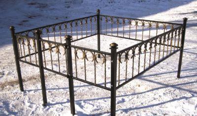 Ограда на могилу (подкова) 021