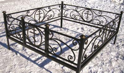 Ограда на могилу (крипта) 026